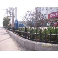 马路中央隔离栏杆厂家钢筋U型护栏 13256589122