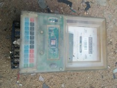 废旧电表中可回收利用的零件电话:15963998027